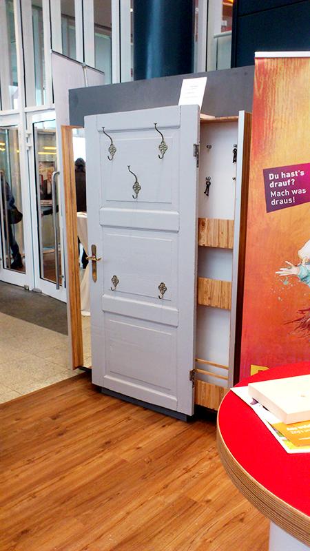tischler rehmke ausbildungsbetrieb der innung weil. Black Bedroom Furniture Sets. Home Design Ideas